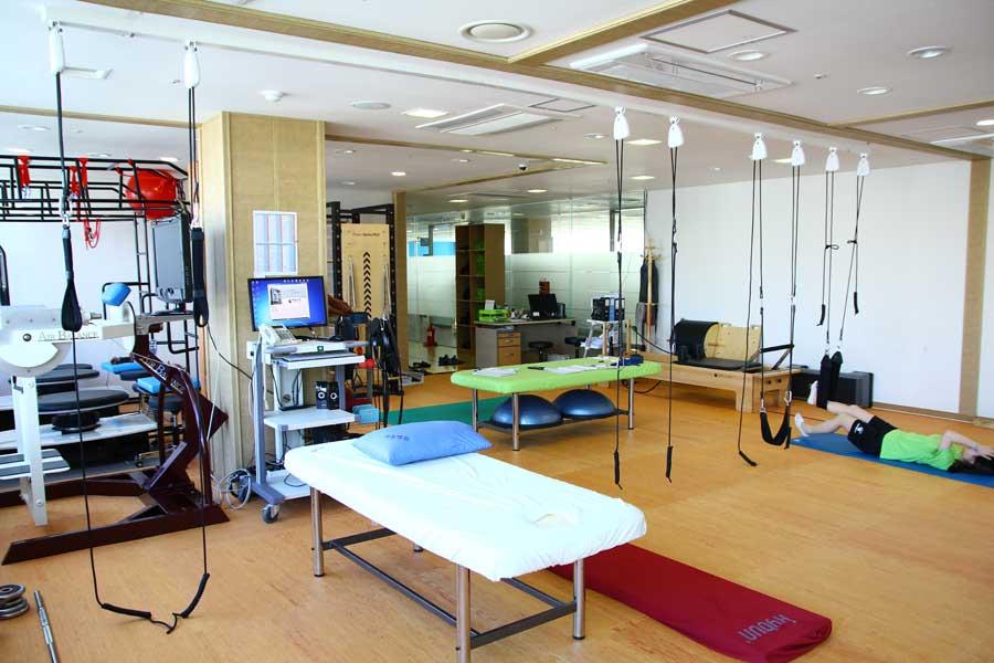 脊椎体形センター